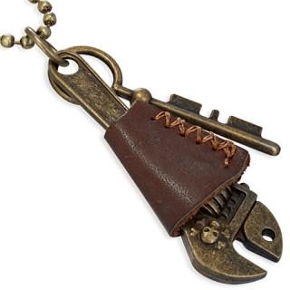 Collier à chaine militaire et clé à molette avec tête de mort